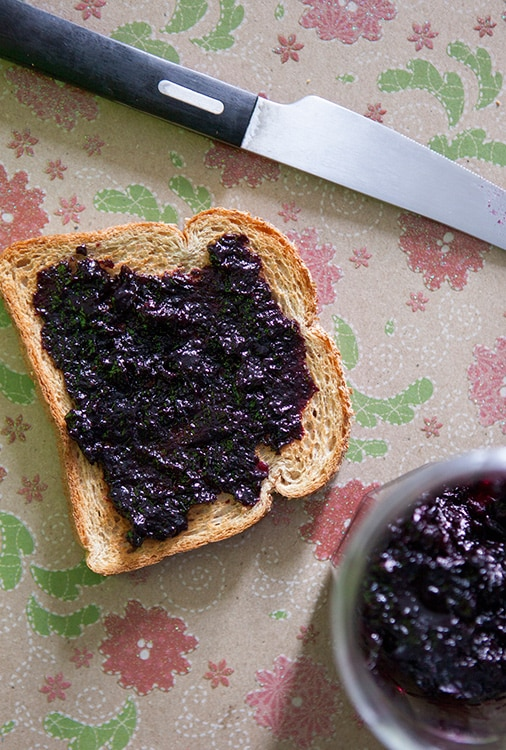 1-Pint-Blueberry-Jam
