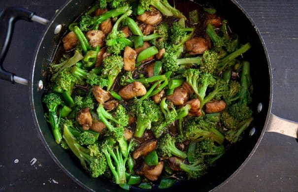 chicken and broccoli chinese food