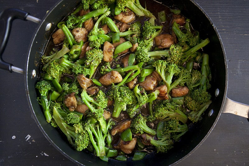 chinese chicken and broccoli in pan