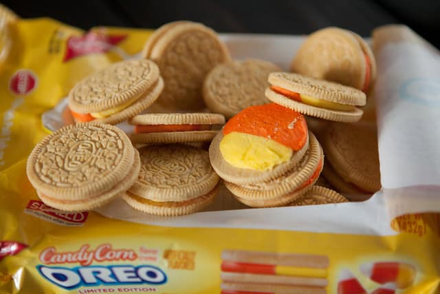Candy Corn Oreo White Chocolate Chip CookiesIMG_5001