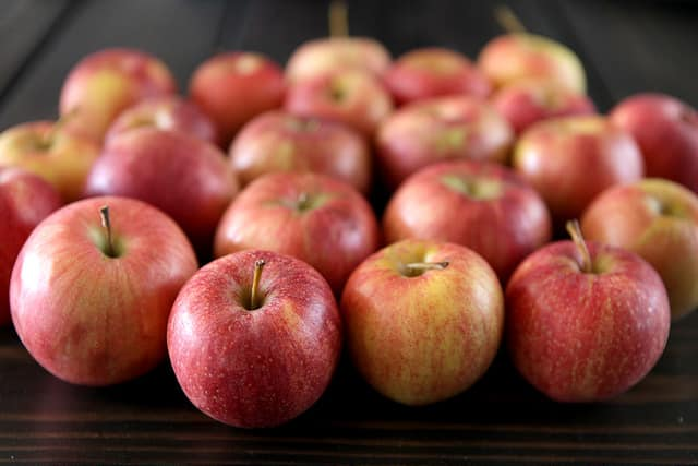 fresh apples for apple juice