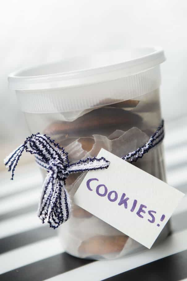 Let's bake some EASY Chocolate Chip Zucchini Cookies! If you love a crispy, crunchy cookie, this cookie recipe is for you. These cookies could not be more simple to whip up and they're ready to eat in just 15 minutes! They're so scrumptious your kids won't even mind the vegetables we're adding into these cookies!