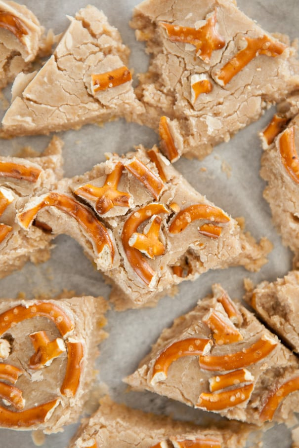 This Pumpkin Fudge with white chocolate chips and pretzels is a no-bake easy homemade fudge recipe. The chocolate and pretzels give it a delicious sweet and salty taste!You can make these as good afterschool healthy snacks.