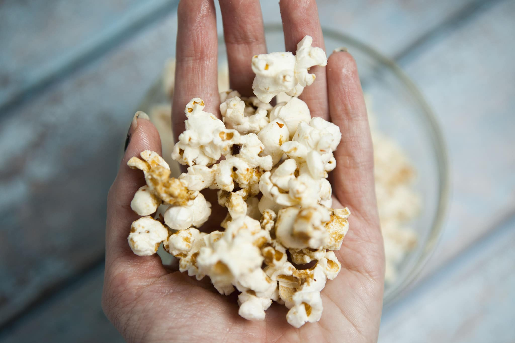 Easy to make Wasabi Popcorn recipe. This healthy snack is only 31 calories per cup! I love to eat this when I'm watching TV on the couch!
