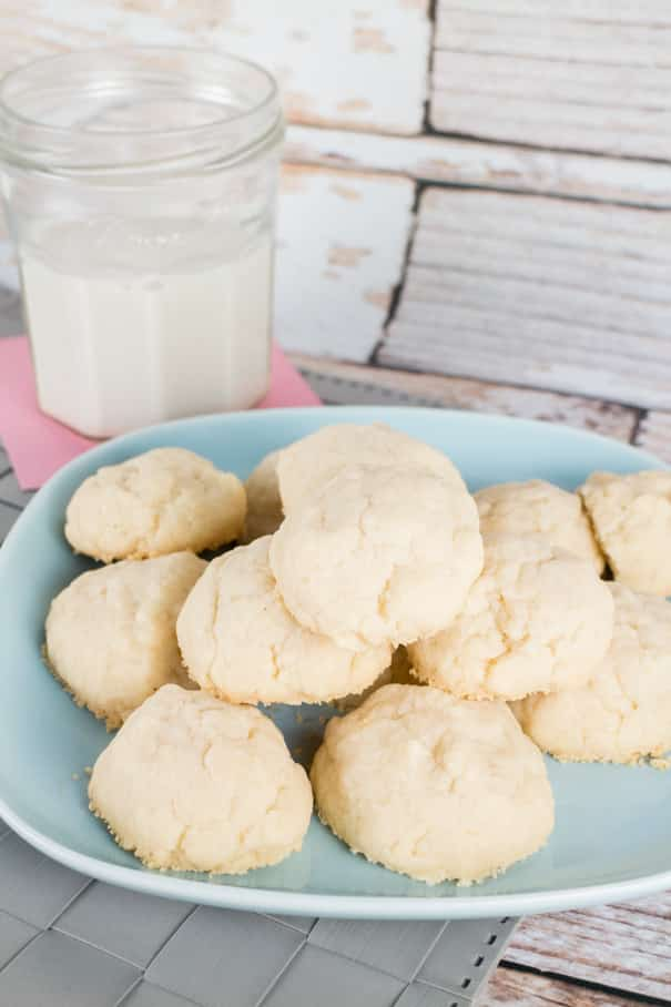Recipe for easy to make Sugar Puff Cookies. These cookies are so soft and light! These are one of my family's favorite Christmas cookies!