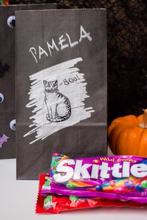 Fun Ideas for Hallowen Treat Bags_28