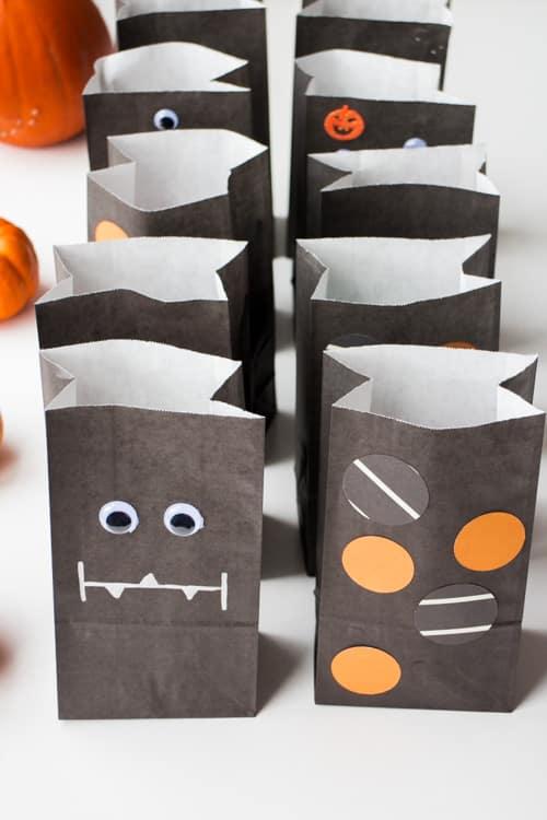 Fun Ideas for Hallowen Treat Bags_30