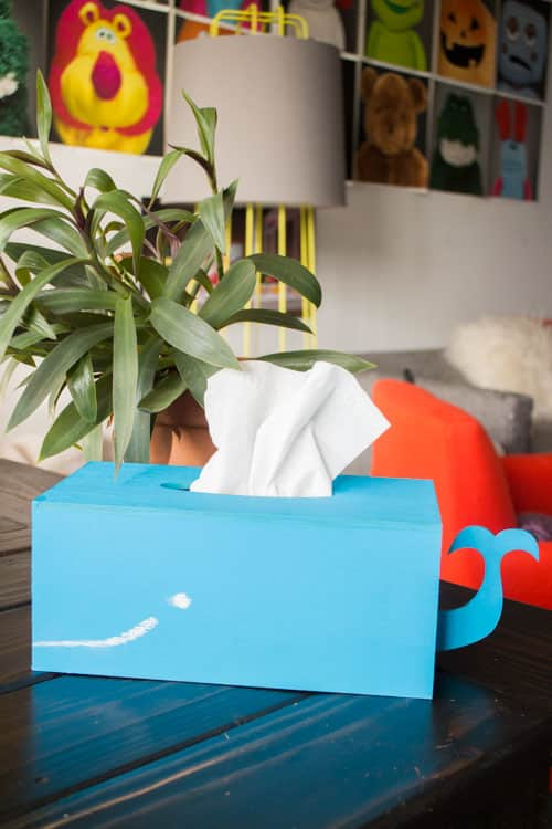 How to Make a Kleenex Whale Tissue Box_8