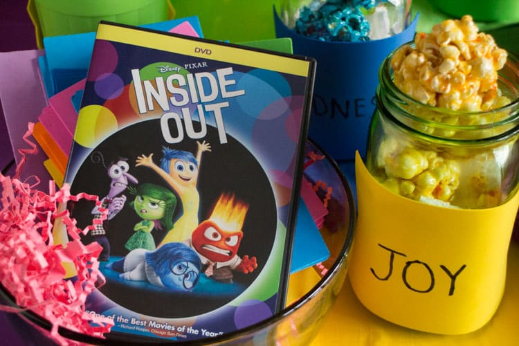 How to Throw a Inside Out Party_9