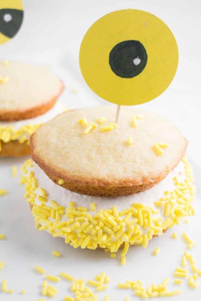 minions party cake idea