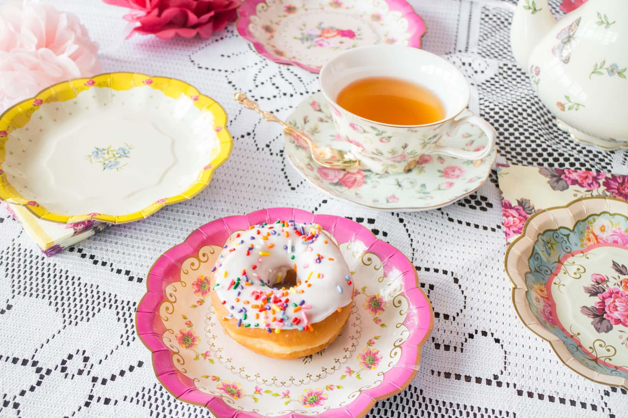 Teaparty: How To Throw A Tea Party