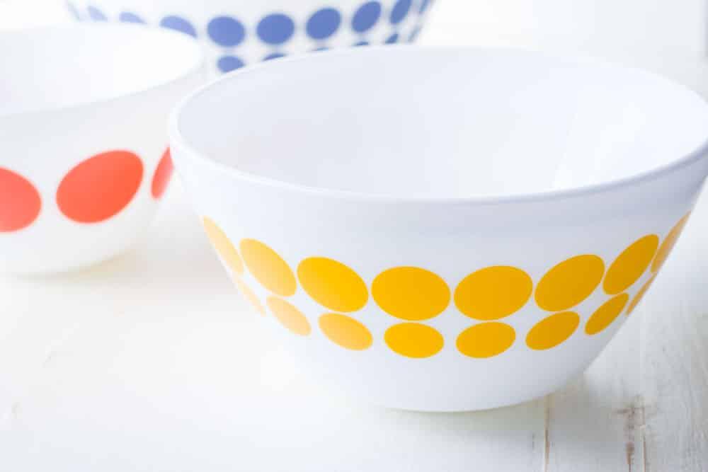 Vintage Kitchen Bowls Holiday Giveaway