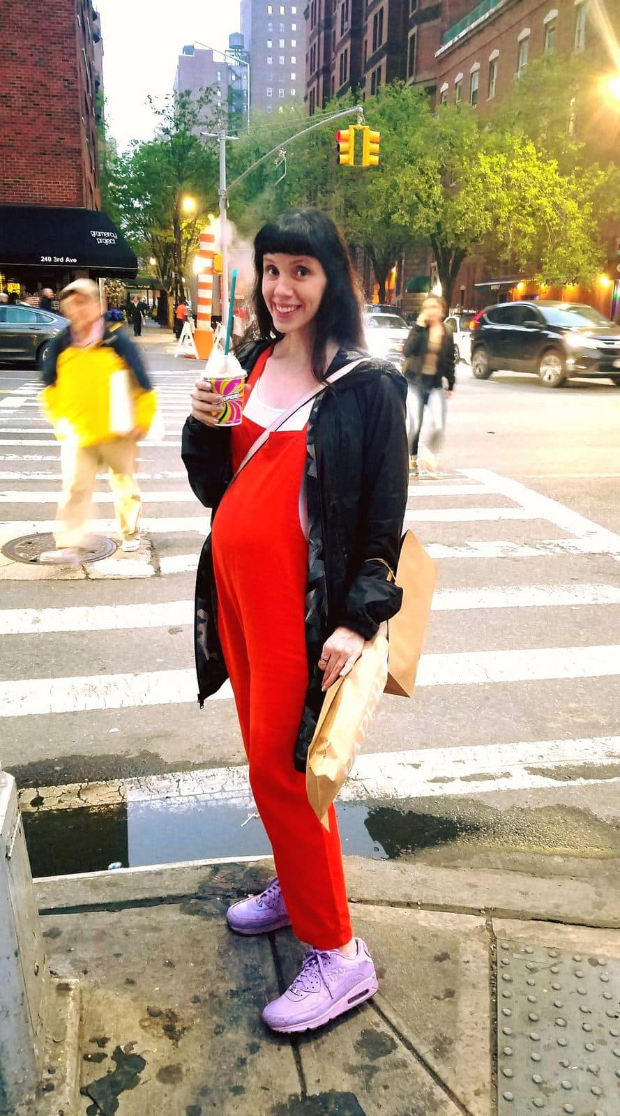 Stylish Overalls for Pregnant Moms!