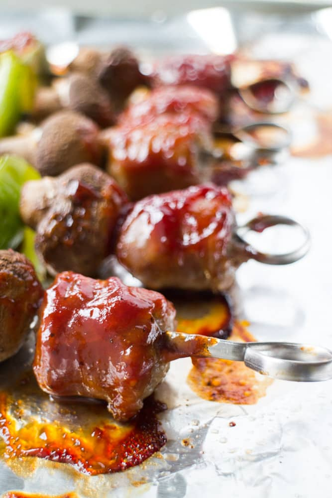 How to make BBQ Sausage Kabobs in the oven! This easy healthy recipe makes Sausage Shish Kabobs with mushrooms and peppers in the oven, no grill is needed!