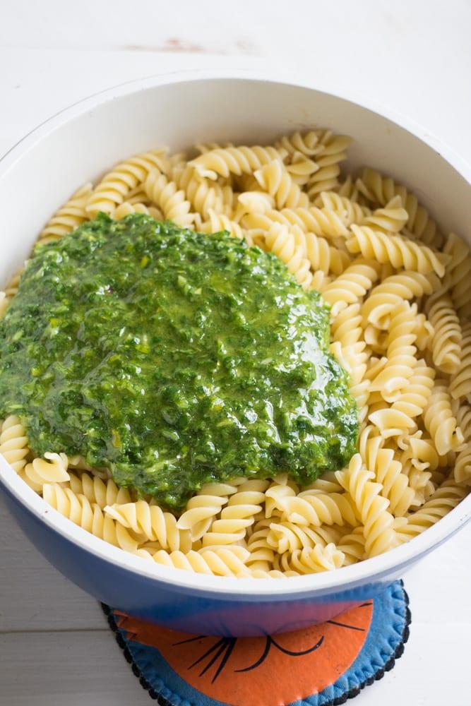 vegetarian green parsley sauce