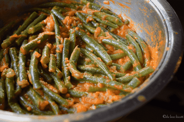 A collection of the 30 Best Green Bean Recipes using FRESH green beans!  Bookmark this page for your garden green beans!  Dishes include casseroles, salads, crockpot, Instant Pot, roasted, Southern and Chinese recipes!
