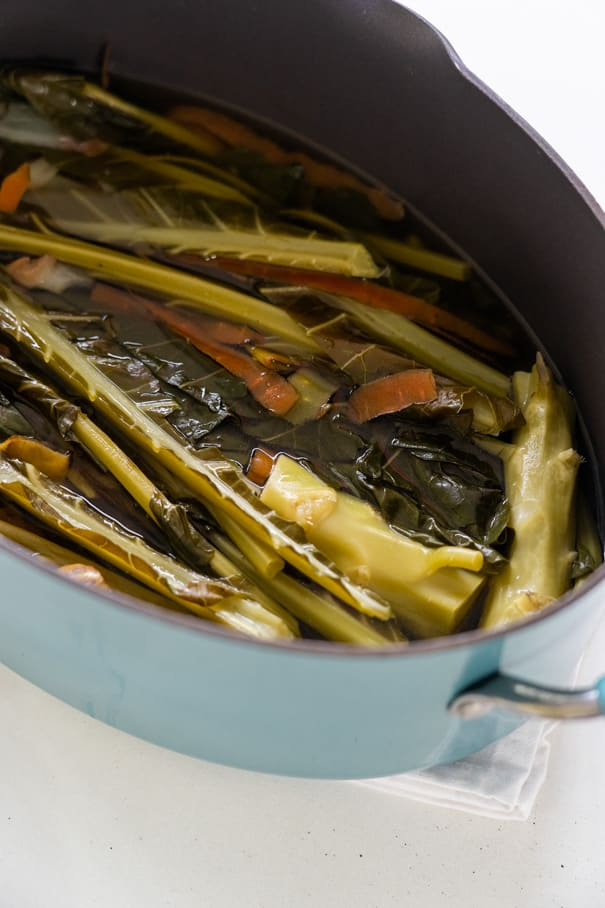 How to make vegetable broth with broccoli leaves - learn how to cook with broccoli leaves! This is a healthy, easy recipe that you can use in soups, casseroles, slow cooker, rice dishes, and more. Broccoli leaves and stems are filled with health benefits, so make sure to use them!