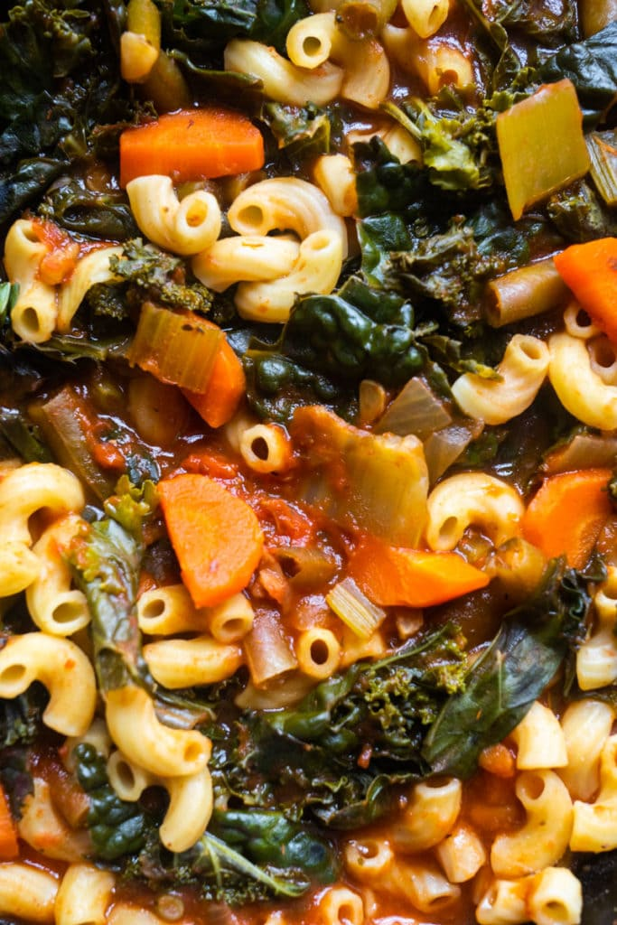 minestrone soup with elbow noodles