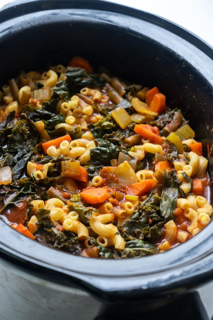 minestrone soup in slow cooker