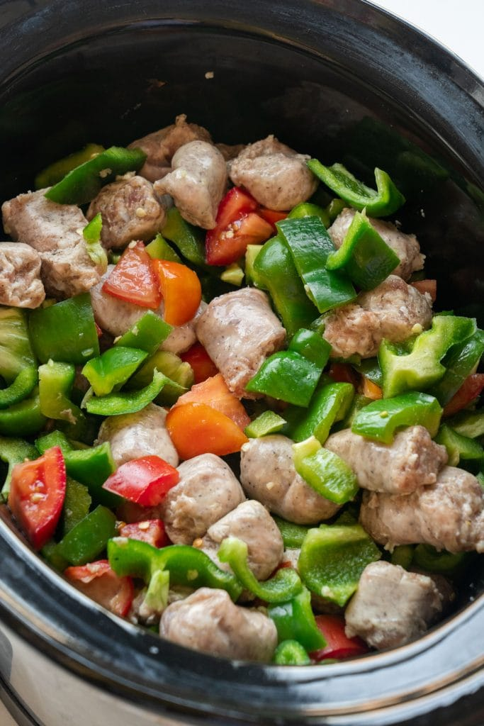 sausage, peppers and tomatoes in crockpot